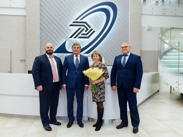 В Группе «Эталон» поздравили 10 000-го покупателя с начала 2019 года