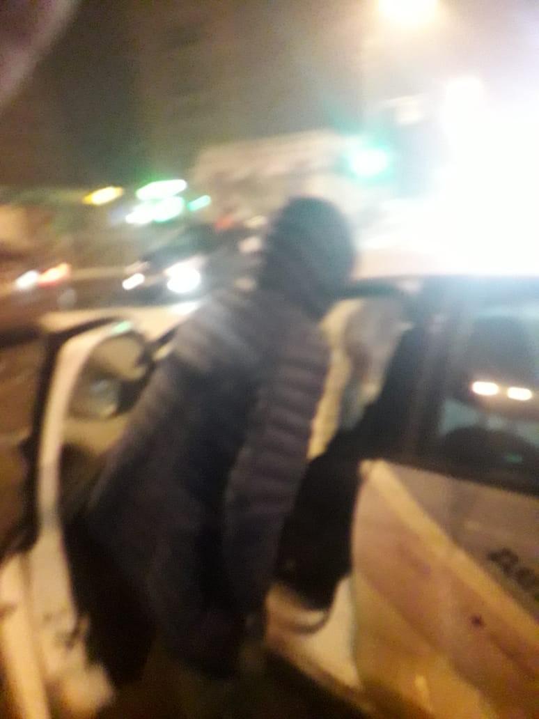 Водитель каршеринга в Купчино заехал на перекрёсток с веселой компанией и ударом в бок расстроил другого автомобилиста