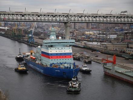 По каналу ледокол водили. Как ЗСД спасали от встречи с «Арктикой»
