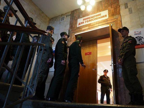 Как люди в форме засекретили главное доказательство возможной фальсификации выборов в «Семеновском»