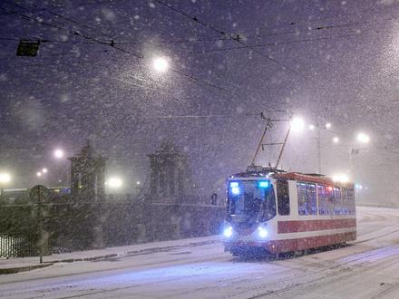 Трамвай с итальянским акцентом. Водители «Горэлектротранса» угрожают страшным: ездить по инструкции