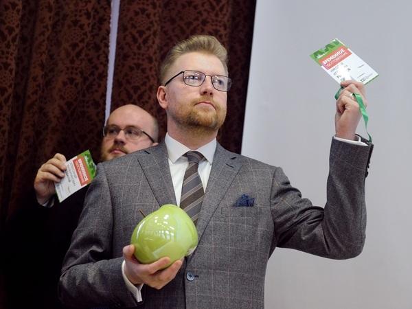 """«Сторонники Навального или остаются дома, или голосуют за """"Яблоко""""». Новый лидер партии Николай Рыбаков - о том, кому и зачем она нужна"""