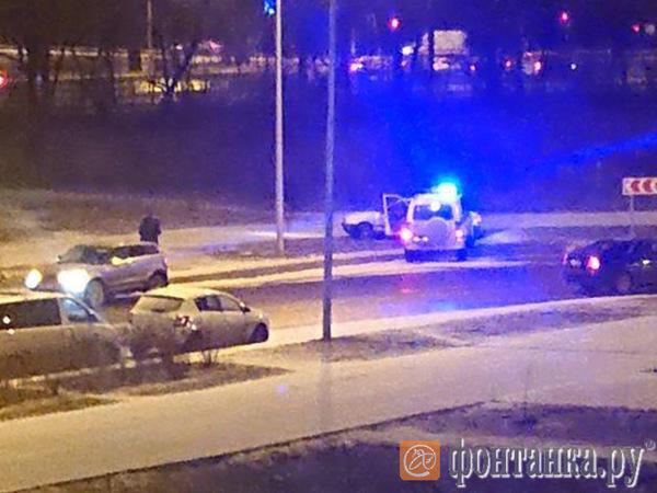 На Петергофском водитель «Ауди» раззадорил полицейских и сумел уйти безнаказанным