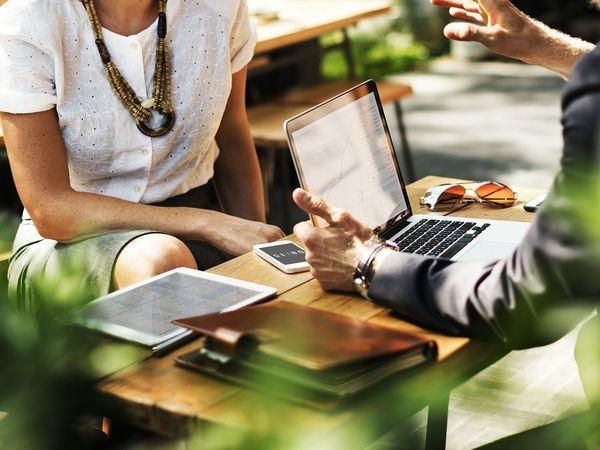 Услуга переводов по бизнес-картам Сбербанка стала доступна в СЗФО
