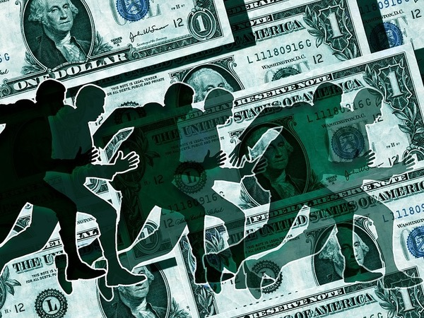 Доллар стремится вниз: Как американцы дали российской валюте мощный стимул для роста, но ненадолго