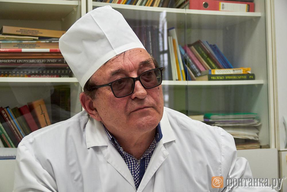 Главный врач Поддорской районной больницы Григорий Иванов (Фото: Александр Кириллов//