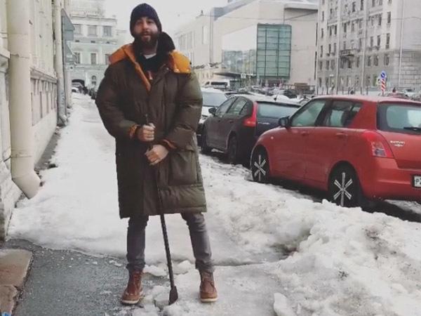 Иван Ургант: Бюджетники в Петербурге убирают снег неумело и коряво, как я