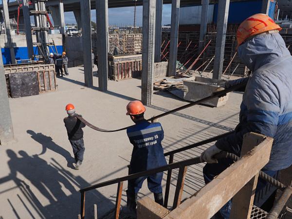 Метро в розницу: зачем власти собрались заказать 500 метров петербургской подземки