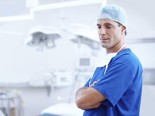 В Петербурге выберут «Клинику года» и «Петербургского врача года»