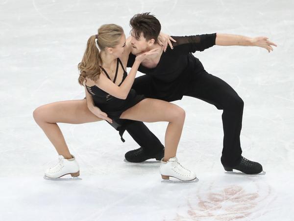 Александра Степанова и Иван Букин//TATYANA ZENKOVICH/EPA/TASS