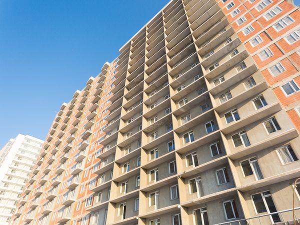 «Аквилон Инвест» приступил к устройству навесных фасадов во II очереди ЖК 4YOU