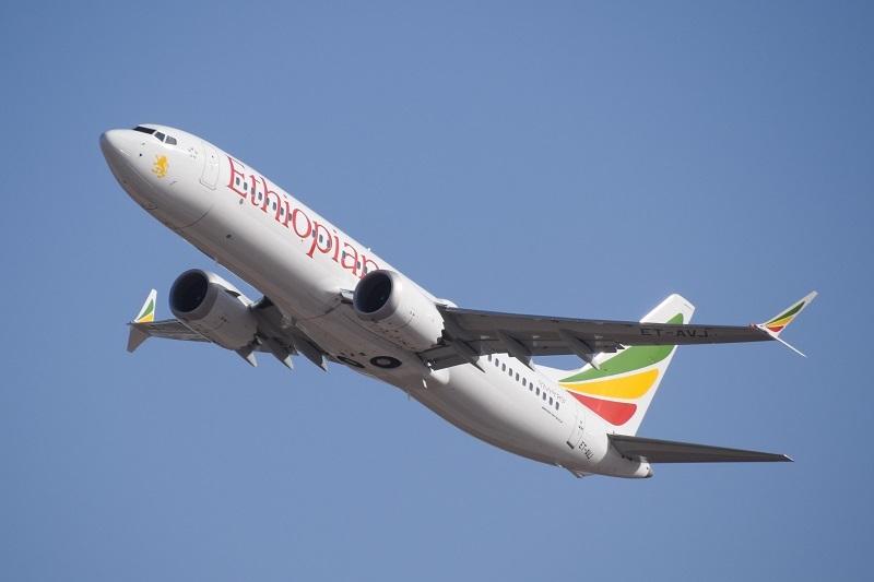 Ethiopian airlines Boeing 737 MAX 8 (рег. ET-AVJ)//LLBG Spotter/СС/Wikipedia
