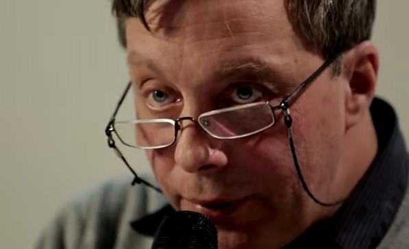 Валерий Дымшиц//кадр из видео/ESHKOLOTnew/YouTube