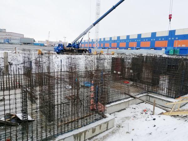У метро «Московская» начал расти ввысь еще один жилой комплекс