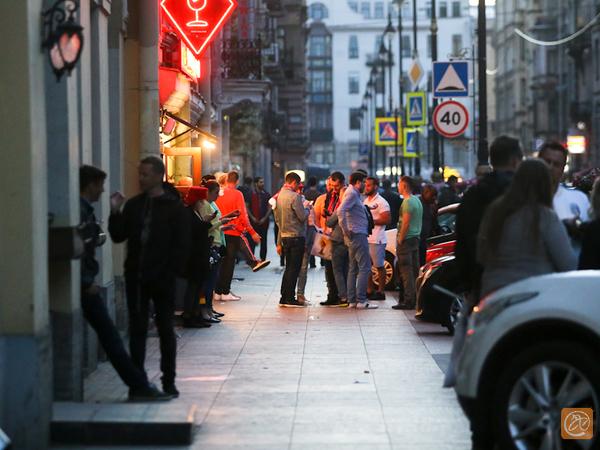 Бармены отпустили себе грехи. Предприниматели с улицы Рубинштейна взяли реванш в противостоянии с местными жителями
