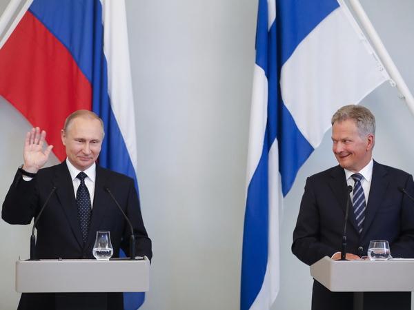 президенты Владимир Путин и Саули Ниинистё// Михаил Метцель/ТАСС