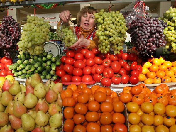 Особый сорт предпринимателей. Как жители Шамкира взяли под контроль поток овощей и фруктов в Россию