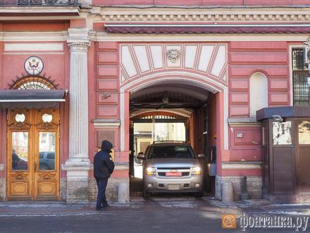 Дети и вагоны. Кому достались петербургские особняки консулов США и Великобритании
