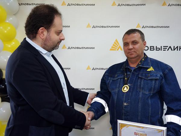 Один на тысячу В Петербурге наградили лучших дальнобойщиков