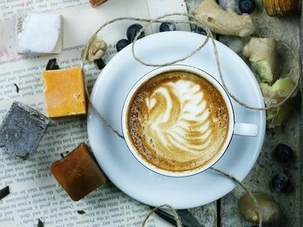 Выходные в Финляндии 13–14 апреля: ароматный кофе, коллекционные штучки и рокерский юбилей