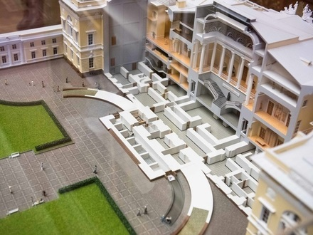 Поставили на паузу. Реконструкцию Русского музея приостановили, но не отменили