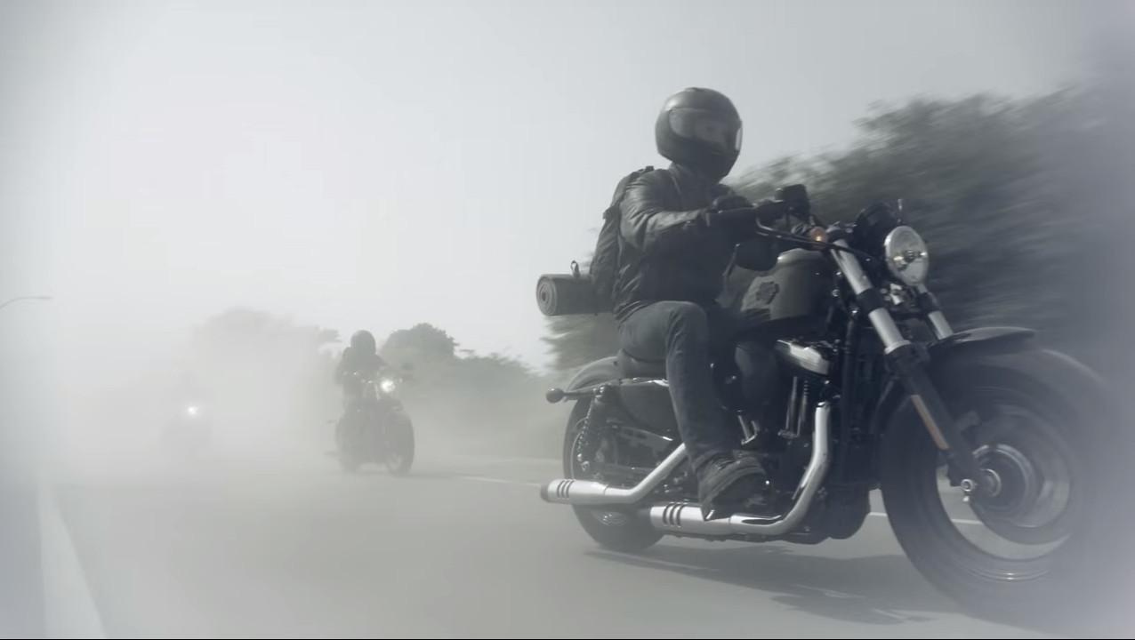 Кадр из видео в YouTube на канале Harley-Davidson