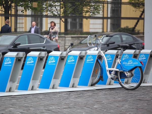 Черно-белая полоса «Велогорода». Велосипедный прокат в Петербурге готовится к перерождению