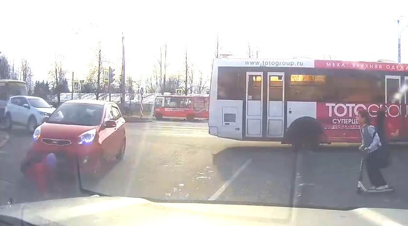 Кадр из видео Сергея Ловчикова в vk.com/dorinspb