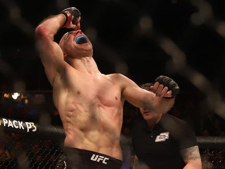 UFC впервые провела турнир в Петербурге. Хабиб Нурмагомедов тоже приходил