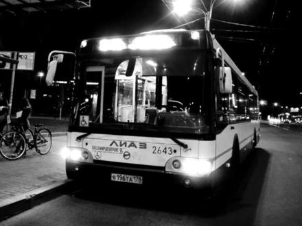 Первые пассажиры – верующие. В воскресенье ночью будут работать автобусы и метро