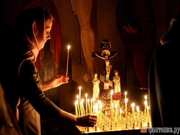 Православные встретили свой главный праздник - Светлую Пасху