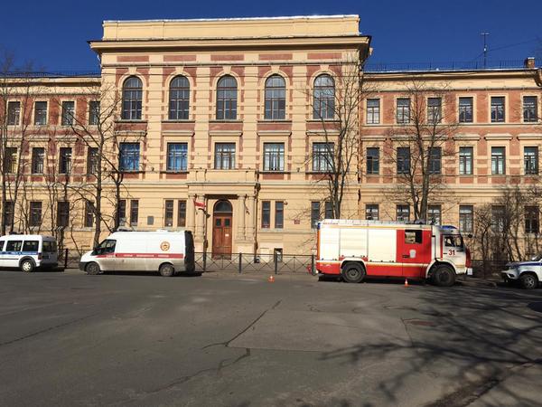 В Пушкине занятия в школе прервала эвакуация