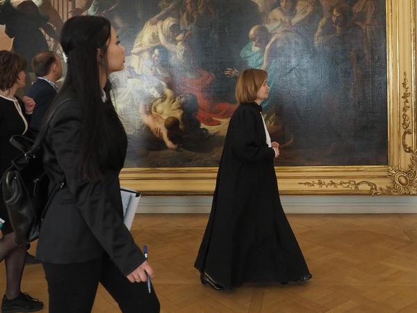 «Заодно и окультуримся». Как суд провёл хеппенинг в Русском музее