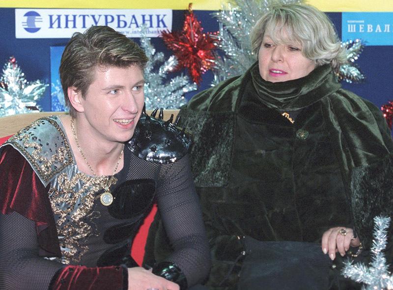 Алексей Ягудин и его тренер Татьяна Тарасова, 2000 г.