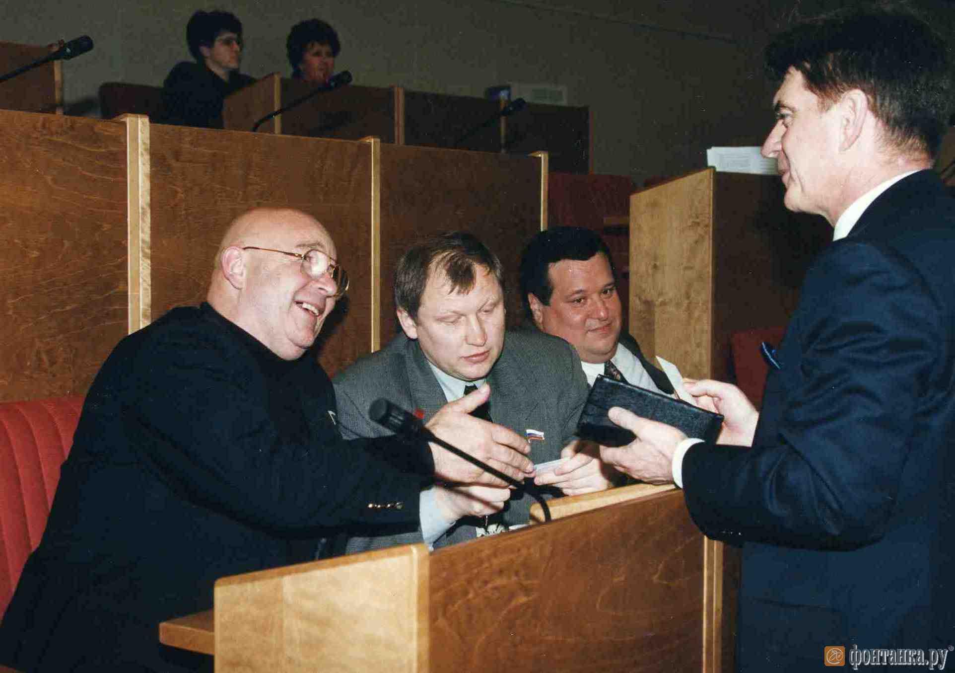 Монастырский и Глущенко (слева) в ГосДуме