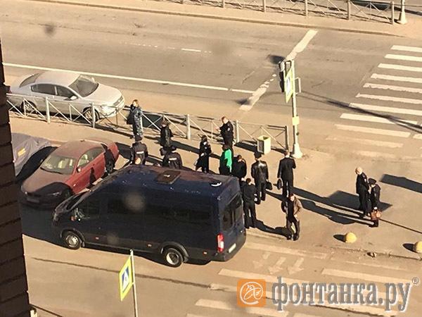Полицейские Петербурга: «Нам - хана». Столичные «инквизиторы» пошли по мусорным бачкам