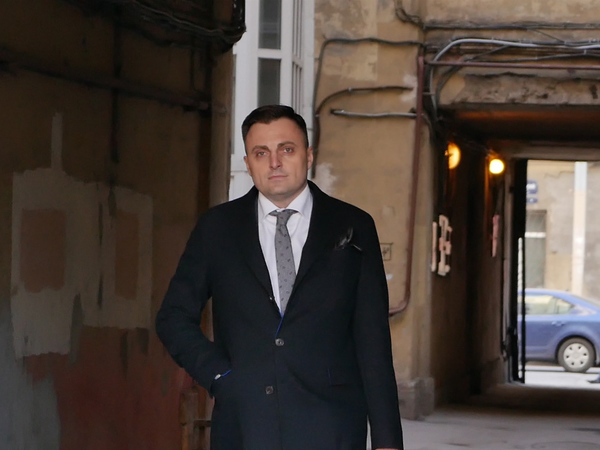 Как глава петербургского муниципалитета стал популярнее Беглова