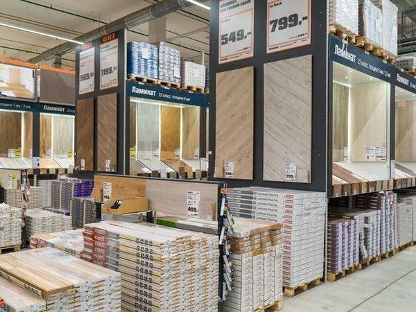 ОБИ обновляет гипермаркеты в Санкт-Петербурге