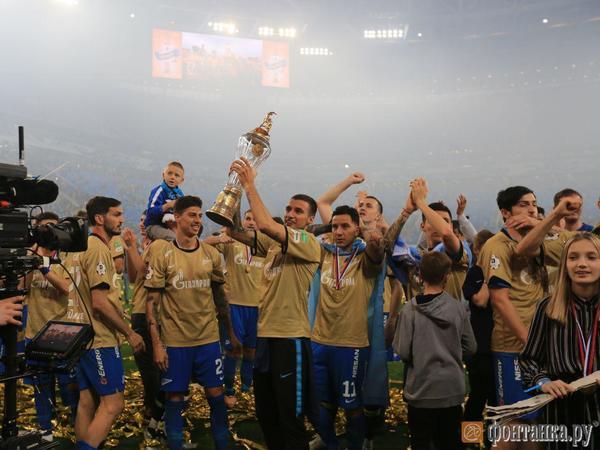«Зенит» уже в статусе чемпиона одержал волевую победу над ЦСКА. Дзюба отдал три голевые передачи
