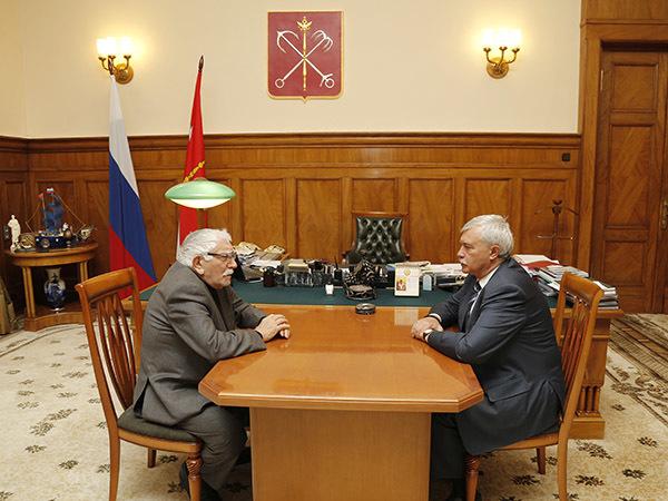 Перестановки: как Беглов поменял под себя кабинет губернатора
