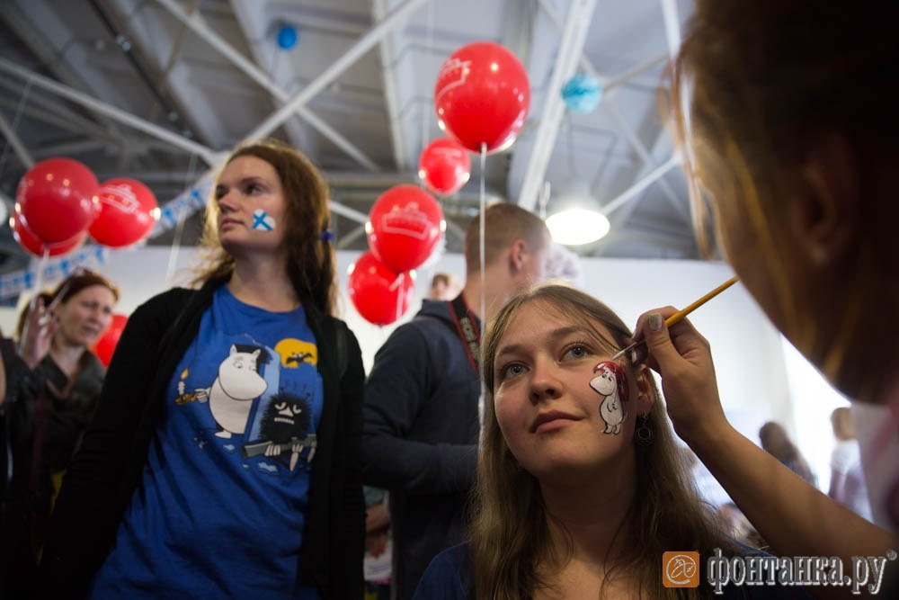 Муми-тролли, 3D-тур по самолёту и раздельный сбор. Что готовит петербуржцам День Финляндии (Иллюстрация 2 из 2) (Фото: Константин Селин)