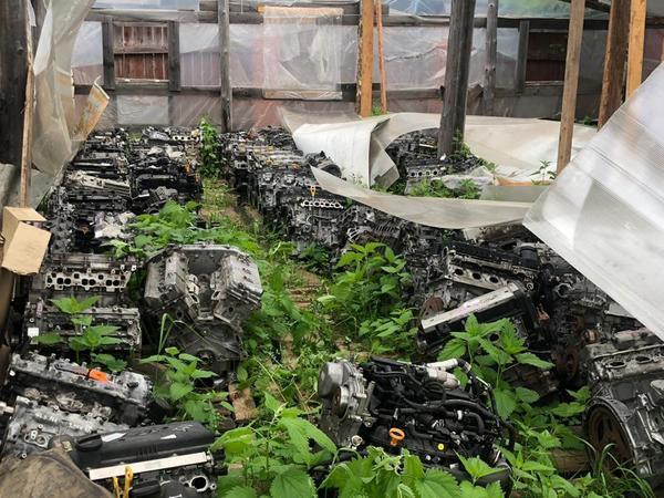 В Петербурге у авторитетного угонщика нашли 200 двигателей от ворованных автомашин. Абсолютный рекорд