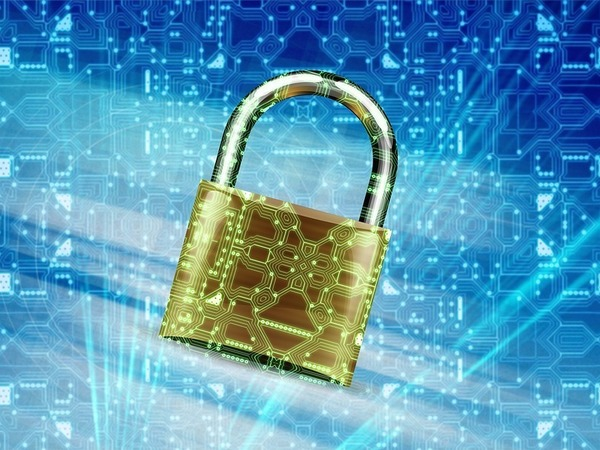 «Пустой сосуд остается пустым». Каким «суверенный Интернет» делают подзаконные акты