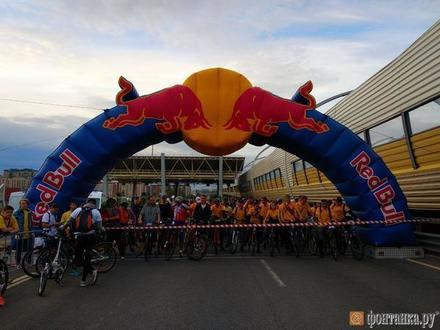 Более 6000 велосипедистов стартовали на пробеге второго Фестиваля ЗСД