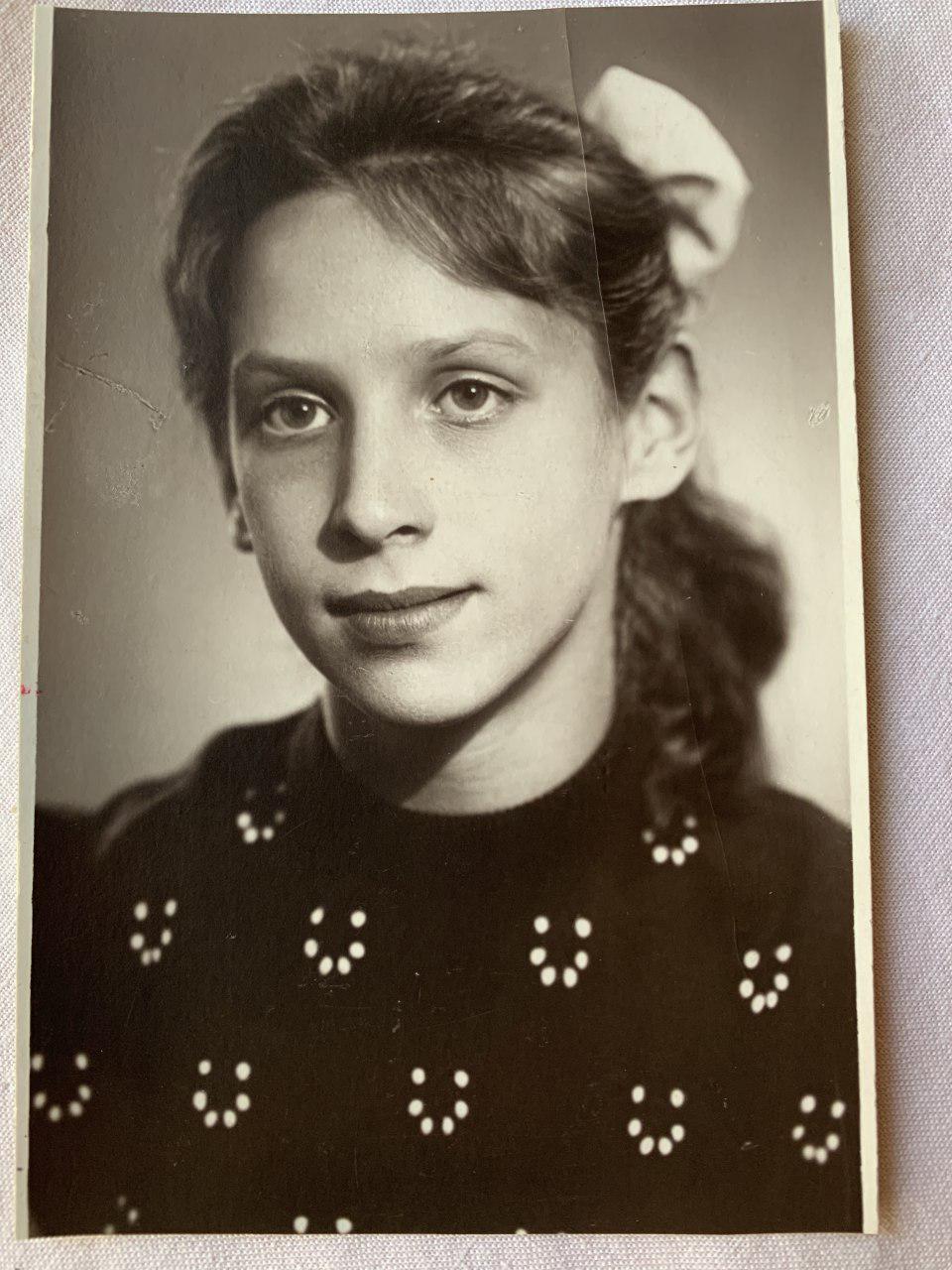 Людмила Кухаренко (Образцова) в молодости