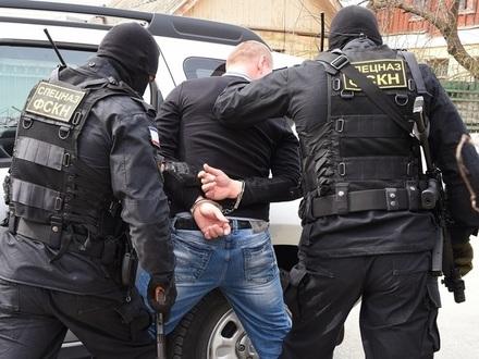 100 граммов мела, агент ФСБ и драгдилер: суд в Петербурге вник в дело арестованных наркополицейских