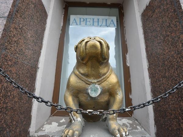 Аренда под 1800% годовых. В 2019 году Смольный выставляет арендаторам пени времен «бандитского Петербурга»