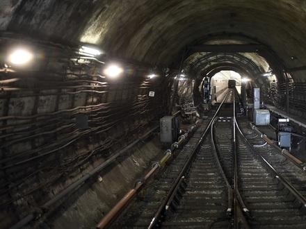 Проводники сотен миллионов: Как поставщик петербургской подземки зарабатывает на швейцарских проводах