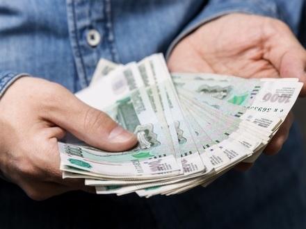 На 10 миллионах задержан оперативник ФСБ. Его лупил полицейский, он курировал Смольный, но ему не дали 20 млн