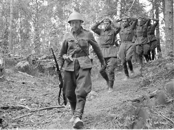Разделение по национальному признаку, побои и тяжелая работа. Как жили советские пленные в финских лагерях